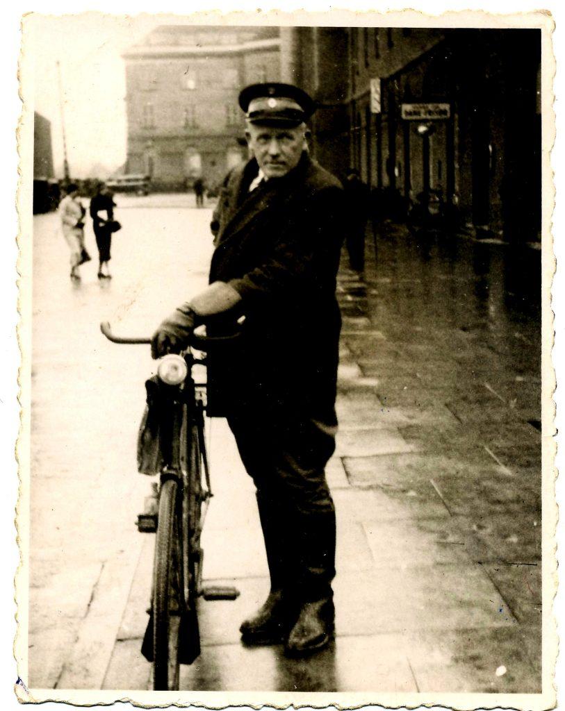 loevnes_som_pantefoged_ca_1935