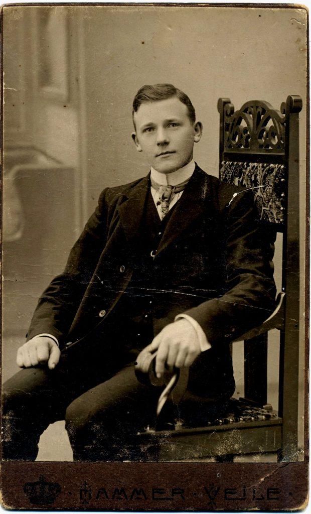 peter_marius_loevnes_ca-_1910